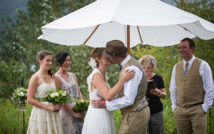 MountainBride-DecorRentals-Umbrella