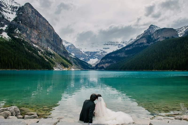 fairmont_chateau_lake_louise_wedding_planner_mountain_bride_0044